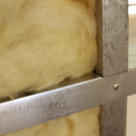 KIT HOME INSULATION: R4 insulation batts above ceilings. 					 					R2 insulation batts