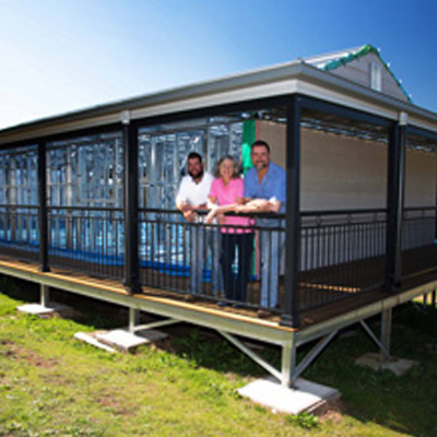 Couple are pleasantly suprised at how beautifully engineered the Met Kit Home has been constructed. Fire and Termite resistant materials have been selected and supplied by Met Kit Homes Australia.